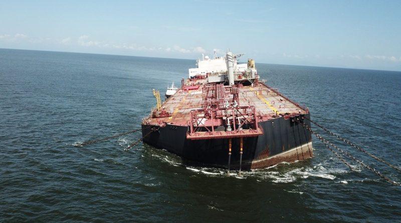 gustavo-copelmayer-petrolero-hundiendose-venezuela